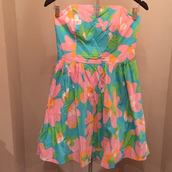 Lilly Pulitzer Dresses & Skirts - Lilly Pulitzer strapless dress